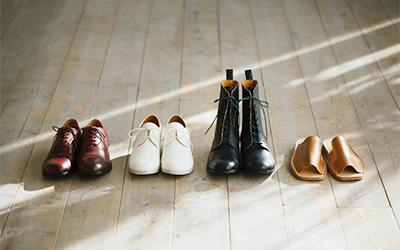 サンダル、革靴