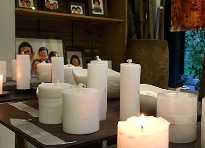 河合悠さんによって灯された蝋燭